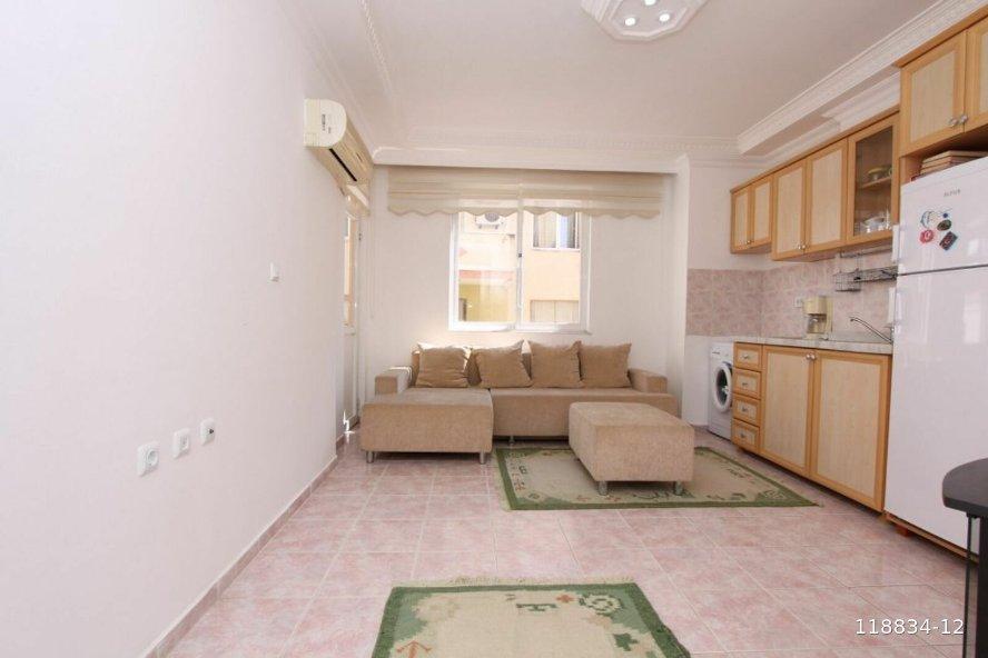 Квартира 1+1 — Аланья, центр, Турция