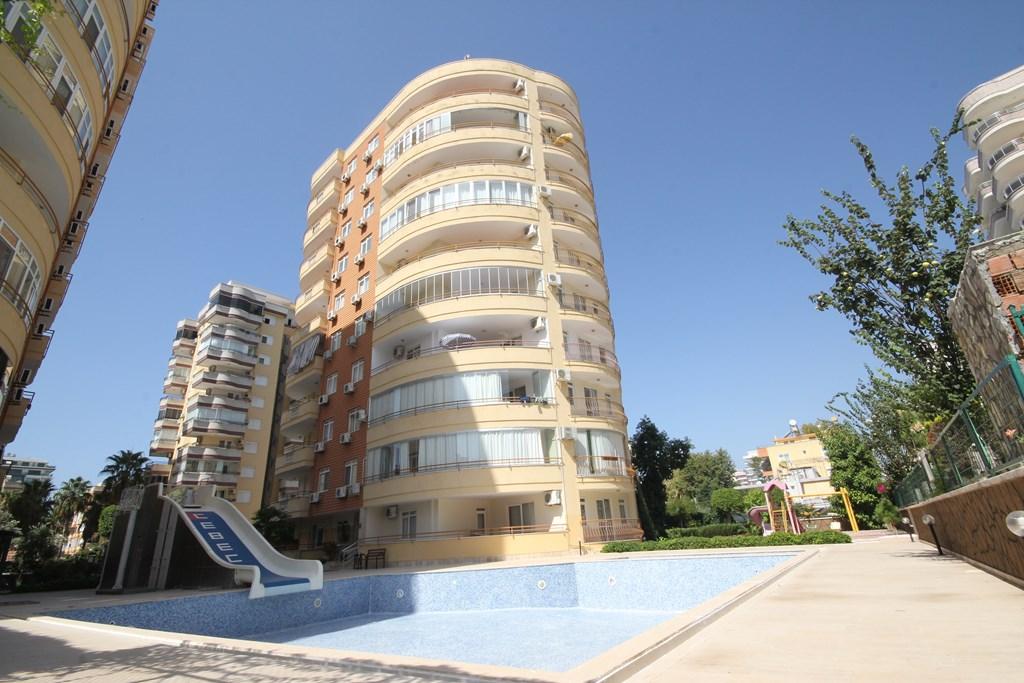 Просторная квартира в комплексе CEBECİ 3 в районе Махмутлар, Аланья, Турция