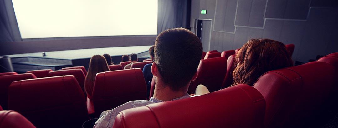 social-areas-movie-theaters-1-photo